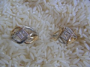 18K and Platinum Wedding Rings with Princess cut Diamonds